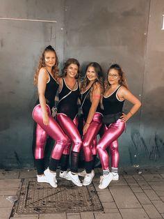 Carnival costume aerobics Cologne women # carnival # costume # halloween - Dresses for Women 80s Costume, Mardi Gras Costumes, Last Minute Halloween Costumes, Halloween Carnival, Group Halloween Costumes, Costumes For Teens, Costume Ideas, Diy Carnival, 80s Workout Costume