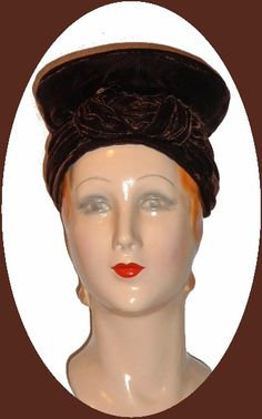 Dark brown velvet Turban hat with knot loop in front and flat plate top. (22) Excellent condition
