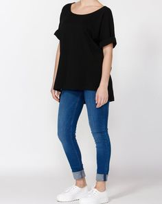 BETTY BASICS LYNDELL TEE