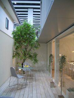 Small Backyard Gardens, Backyard Garden Design, Backyard Pergola, Small Patio, Indoor Courtyard, Courtyard House, Small Balcony Decor, Courtyard Design, Dream House Exterior