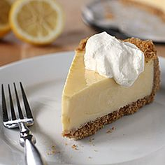 Lemon Icebox Pie-- the lemon version of key lime pie. Creamy, sweet, tangy, and so good! #foodgawker