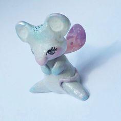 Un preferito personale dal mio negozio Etsy https://www.etsy.com/it/listing/464606140/totem-di-topolino-figura-decorativa-in