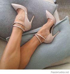 Nice nude polka dots shoes