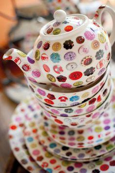Button tea pots... sew cute!