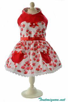 Vestido Sisi un modelo ideal para esta primavera verano. Encuentralo en Toutmignon.net. Ropa y accesorios para mascotas