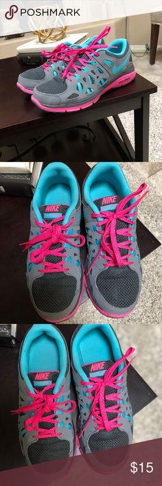 Nike Dual Fusion Run 2 Used Nike Dual Fusion 6Y in big girls 7.5 on women's Nike Shoes Sneakers