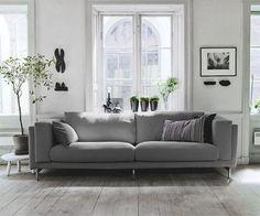 Orange Sofa Decorating Ideas - Home Designs Home Living Room, Living Spaces, Ikea Home, Home And Deco, Home Fashion, My Dream Home, Interior Inspiration, Interior Architecture, Sweet Home