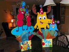 Moose and Zee for Lyric's 1st Birthday Party Centerpiece. Playpatterns.net