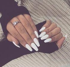 Plain Jane white nail look. Beautiful❤️
