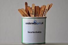 Beurtenbakje met ijsco stokjes I Love School, Too Cool For School, Teach Like A Champion, Co Teaching, School Routines, Classroom Decor, Teacher, Education, Tips