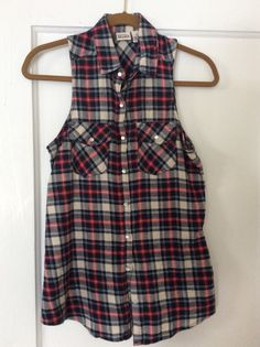 MUDD flannel plaid top. Snap closures.  Size Small.  Worn once or twice, excellent condition.  $10 shipped in U.S.