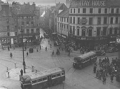 Boots corner Overgate in middle High street to the right. Dundee City, Online Scrapbook, Soviet Union, Great Britain, Old Photos, Scotland, Louvre, Middle, Corner