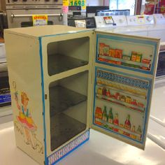 Bo Peep tin toy Refrigerator when they painted the food in the door for you!
