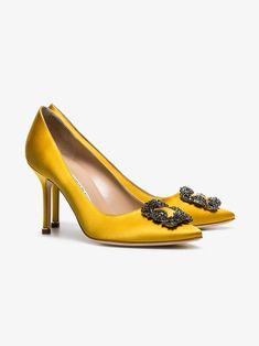 06277104ea2ee Manolo Blahnik yellow Hangisi 90 crystal buckle silk satin pumps | Browns  Satijnen Pumps, Manolo