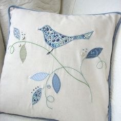 sewing cushions Bird Applique Cushion More - Applique Cushions, Patchwork Cushion, Sewing Pillows, Quilted Pillow, Applique Quilts, Bird Applique, Applique Patterns, Applique Designs, Embroidery Designs