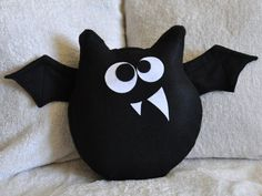 Bat Plush Pattern PDF Jugular the Bat Plush Pillow -Halloween Tutorial Pattern DIY How to Make.