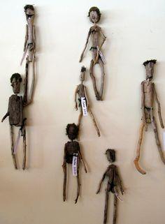 Driftwood dools / The Bent Tree Gallery: June 2010