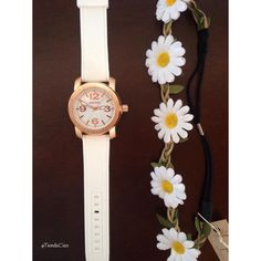 Kit: Reloj + Balaca flores x $30.000  #domicilio #envíos #nacionales #colombia #medellin #choco #cartagena #cucuta #quibdo #armenia #pereira #manizales #buga #barranquilla #bogota #bucaramanga #barrancabermeja #putumayo #santamarta #sincelejo #montelibano #monteria