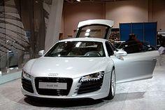 Audi R8 white.jpg