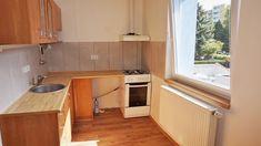 Pronájem Brno-Bohunice, rekonstruovaný nezařízený byt 1+1 ulice Na Pískové cestě, nedaleko Campusu.