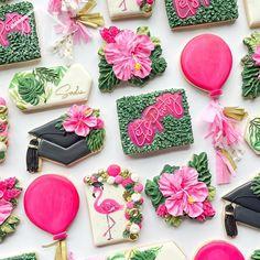 Sugar Cookie Cakes, Cookie Frosting, Royal Icing Cookies, Luau Cookies, Cake Cookies, Royal Icing Transfers, Graduation Cookies, Custom Cookies, How To Make Cookies