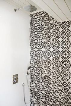 Shower with Black and White Moroccan Tiles - Mediterranean - Bathroom