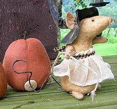 Pumpkin Express Primitive Mouse Pattern by softinthehead on Etsy, $10.00