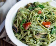 Healthy pasta met saus van een superfood