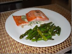 My awesome brother-in-law made this salmon recently – looks scrumptious! Ingredients 2 ounces fat free cream cheese 1/2 cup crumbled feta cheese 1/3 cup chopped onion 1/2 cup chopped baby sp…