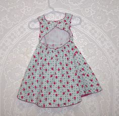 Size 12-18  month - Vintage Baby Sundress - from Gymboree -red apple print - all cotton - Toddler