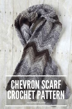 Free Chevron Scarf Crochet Pattern that is simple and fast to work up! Quick Crochet, Free Crochet, Chevron Crochet Patterns, Scarf Patterns, Crochet Crafts, Crochet Projects, Chevron Scarves, Scarf Crochet, Scarfs