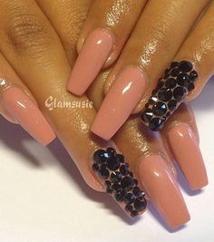 Neutral squared nails with black rhinestones