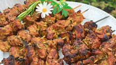 Katban – marokkanske lammespyd Shawarma, Tandoori Chicken, Summer Recipes, Lamb, Main Dishes, Grilling, Bakery, Summer Food, Ethnic Recipes