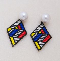 Mondrian+Pearl Bead Jewellery, Seed Bead Jewelry, Seed Bead Earrings, Beaded Jewelry, Beaded Earrings, Beaded Bracelet Patterns, Jewelry Patterns, Beading Patterns, Beaded Bracelets