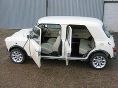 Classic '80 Mini 4-door (one off)