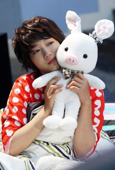 You're Beautiful ♥ Park Shin-hye as Go Mi Nam ♥ Pigrabbit a.k.a. Piggybunnie