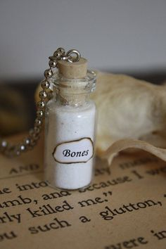More like Bone Powder or something? It sounds better, I dunno Bottle Jewelry, Bottle Charms, Magic Bottles, Bottles And Jars, Cute Jewelry, Diy Jewelry, Jewellery, Potion Bottle, Glass Vials