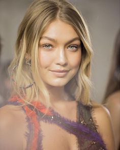 Hadid News || Your best and ultimate source for all things about the Hadid sisters - Gigi Hadid backstage at Versace SS16 during Milan...