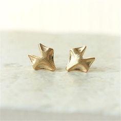 Gold/Silver Fox Earrings #earrings #fancyjewelry #gemstone #jewels #jewel #finejewelry #trendy #jewellerylover #style #gems