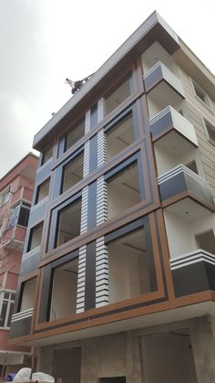 Living building for people in basic and modern style! Modern Architecture Design, Facade Design, Facade Architecture, Residential Architecture, Exterior Design, Residential Building Design, Home Building Design, House Plans Mansion, House Front Design