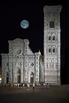 Florence by night by Thomas Blumer on Italy Travel Tips, Peru Travel, Renaissance, Cathedral Architecture, Gothic Architecture, Best Of Italy, Belle Villa, Visit Italy, City Break