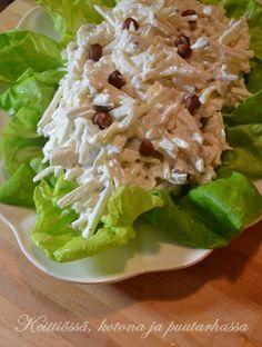 Keittiössä, kotona ja puutarhassa: Waldorfin salaatti juuriselleristä