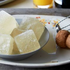 How to Make Champagne Ice Cubes for Easy Sparkling Cocktails: Save leftover bubbly to create Mimosas, Bellinis and other Champagne cocktails instantly.