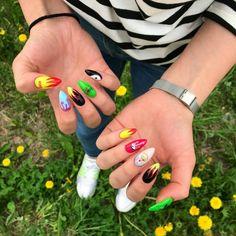 trendy matte nails art design ideas for summer 19 Edgy Nails, Grunge Nails, Aycrlic Nails, Funky Nails, Matte Nails, Nail Manicure, Swag Nails, Hair And Nails, Summer Acrylic Nails