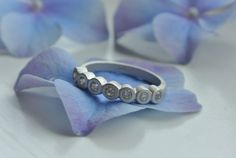 Seven sisters Silver Ring with 7 CZ crystals - HeidisHoff.no