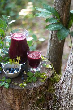 Soda naturel aux baies de la forêt Forest Cottage, Cottage In The Woods, Hygge, Berries, Lunch, Magick, Parfait, Enchanted, Tablescapes