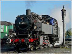 Steam Locomotive 64 250, a German engine built by Henschel/Kassel in 1933.