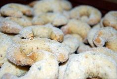 Vanilkové rohlíčky - rychlé Czech Recipes, Russian Recipes, Sweet Recipes, Sweets, Lunch, Cookies, Dinner, Breakfast, Czech Food