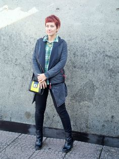 Fall Layer Look - Plaid shirt, sweater cardigan, black skinnies, wedge booties    Funky Jungle - fashion and personal style blog