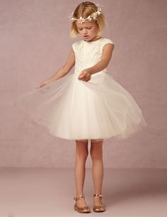 Flower Girl Dresses for Wedding  Vnaix F1011 Simple Lace Tulle Party Pageant Communion Dress